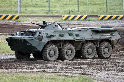 T1007_chars_VBC_Russie_BTR-80