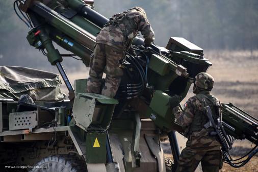Caesar_artillerie_France_A102_tir