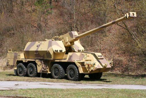 Zuzana-2_artillerie_Slovaque_002