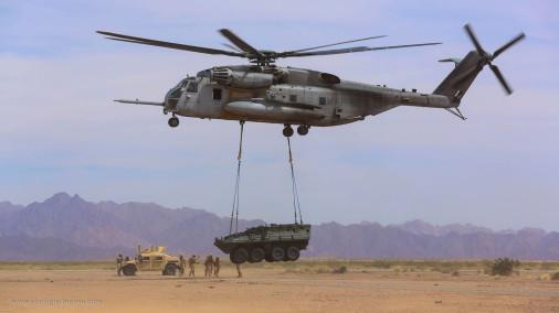CH-53E_Super_Stallion_helicoptere_USA_007