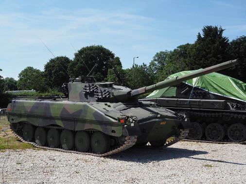 Ikv-91_char-leger_Suede_001