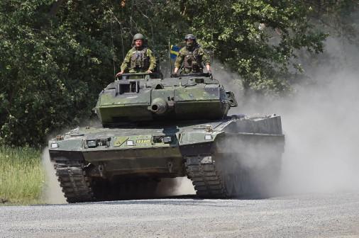 Strv-122_char_Suede_001