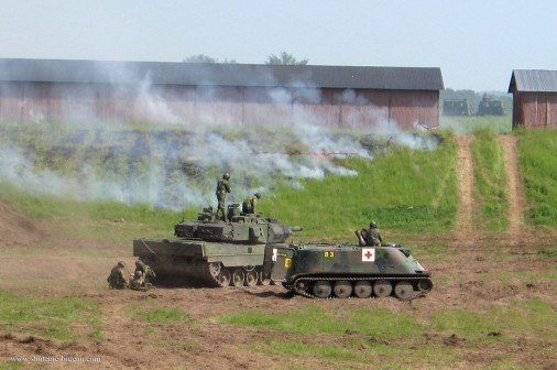 Strv-122_char_Suede_008_Pbv302_Sjuktppbv3026