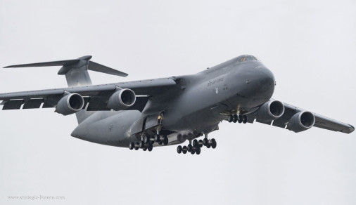 C-5M_Super_Galaxy_avion_USA_A102