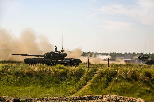 T-72B_char_Russie_A105_Voronej