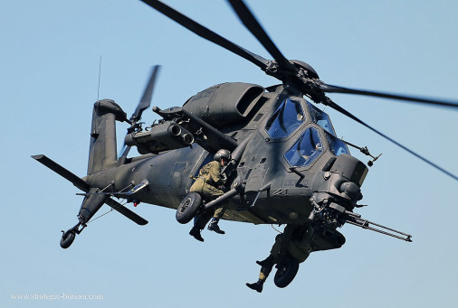 A129_Mangusta_helicoptere_Italie_004