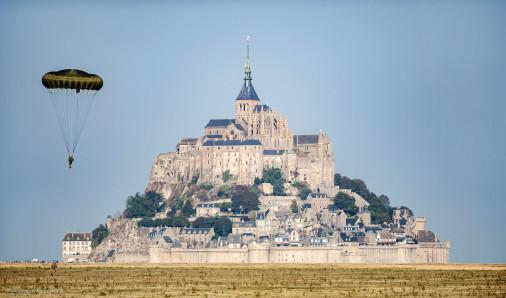 Para_Mont_St-Michel_A101
