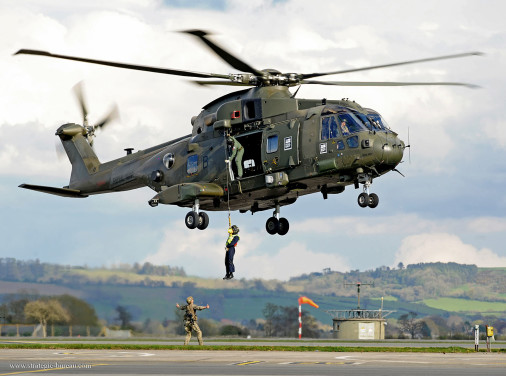 AW101_Merlin_helicoptere_Italie_001