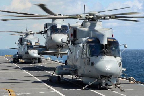 AW101_Merlin_helicoptere_Italie_002