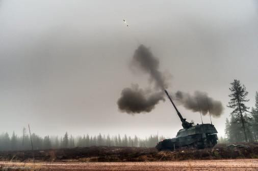 PzH-2000_artillerie_tir_Excalibur_A103