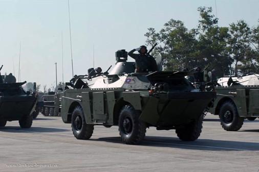 BRDM-2M_reco_4x4_Russie_006_Laos