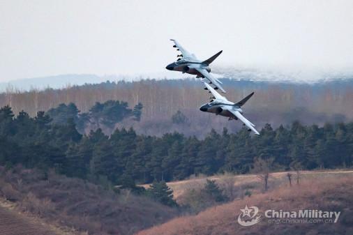 JH-7_bombardier_Chine_006