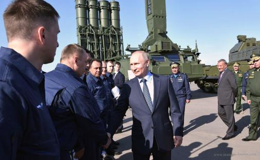 Su-57_avion_Russie_A104_2019_Poutine