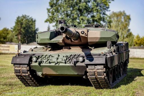 Leopard-2PL_char_Pologne_001