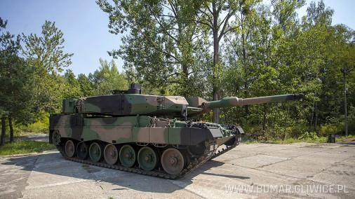 Leopard-2PL_char_Pologne_003