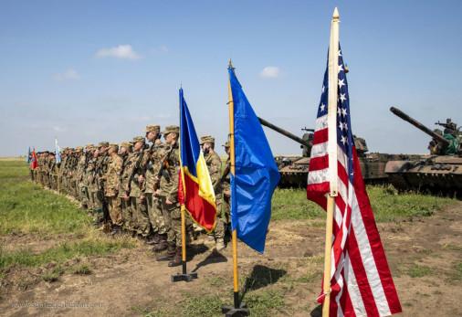 M1A2C_Abrams_char_USA_A003_Trophy