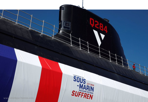 Suffren_sous-marin_France_A103_lancement