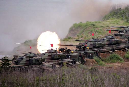 M60A3_Taiwan_tir_antinavire_A100A