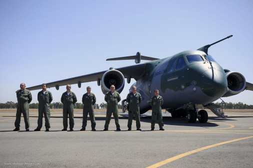 KC-390_avion_transport_Bresil_A101