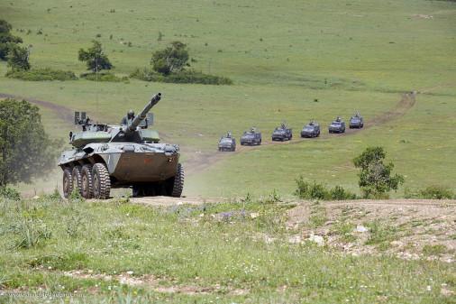 B1_Centauro_char-leger_Italie_A102_tir