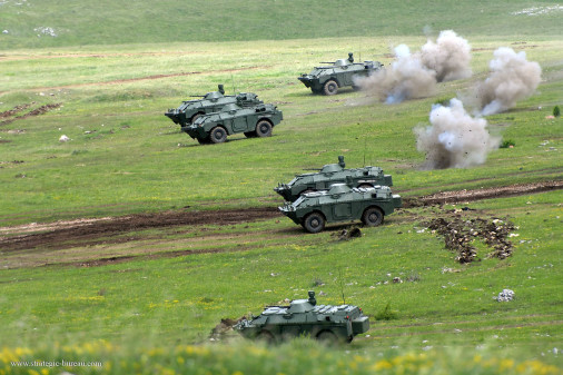 BRDM-2M_reco_4x4_Russie_008_Serbie