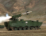 HJ-10_missile_Chine_A100A_tir