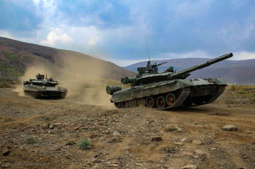T-80BVM_char_Russie_002