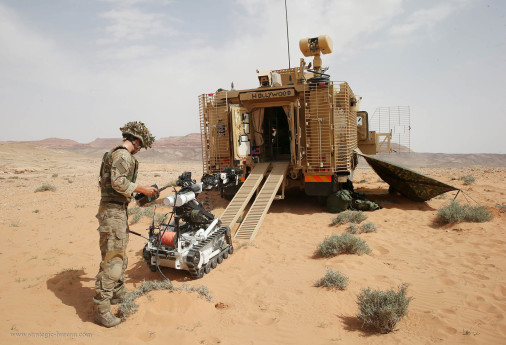 MRAP_Mastiff_Cougar_UK_A106_deminage