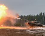 T-80BV_char_Russie_A100A
