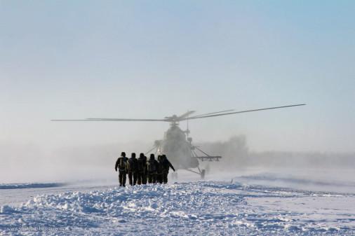 Parachutage_Mi-8_russie_A102