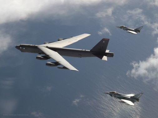 Typhoon_B-52_exersise_A002
