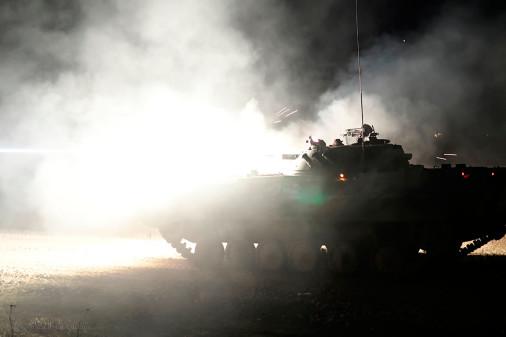 BMP-2_vbci_Russie_tir_Tamanskaya_A104