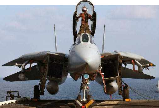 F-14_Tomcat_chasseur_USA_002