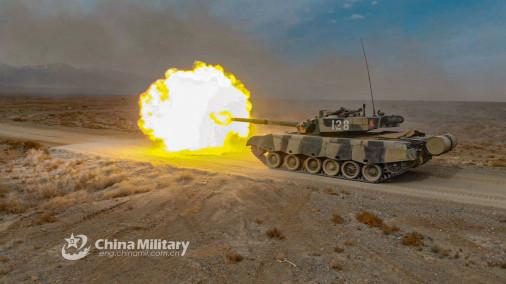 Type-96A_char_Chine_tir_A302