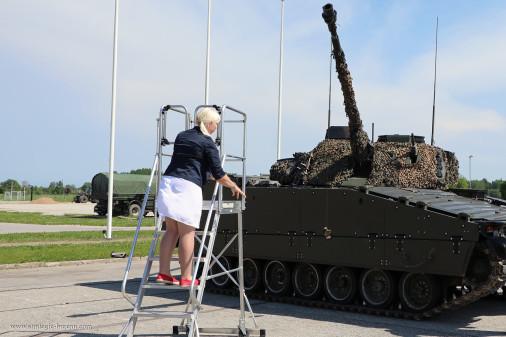 CV9035_Estonie_Baptême_A205