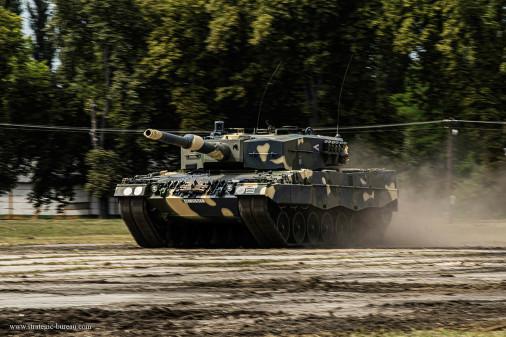 Leopard-2A4HU_char_Hongrie_A104
