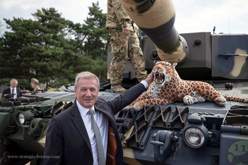 Leopard-2A4HU_char_Hongrie_A105