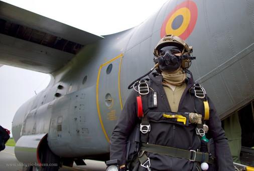Parachutage_THA_belge_A107_C-130_Hercules
