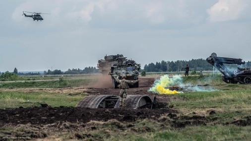 Stryker_ICV_Dragoon_8x8_USA_A405_M1126