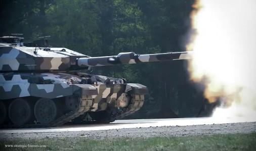Challenger-2LEP_130mm_Rheinmetall_A107