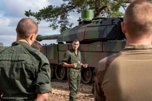 Leclerc_char_France_A602_Lituanie