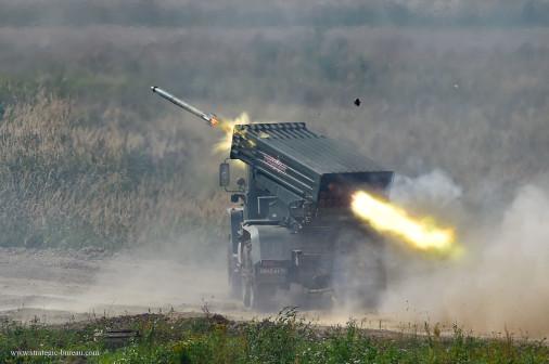Army2020_demo_dinamique_A108_BM-21_Grad_Tornado-G