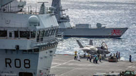 F-35B_UK_atterisage_Queen_Elisabeth_A102