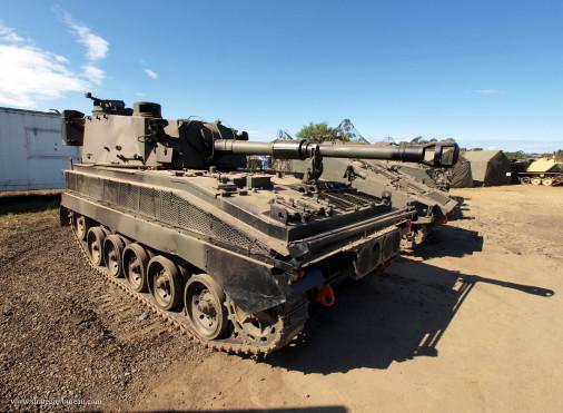 Abbot_FV433_artillerie_GB_002