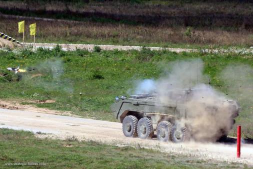 Boomerang_K-17_8x8_Rossie_A101_tir_missile_Kornet