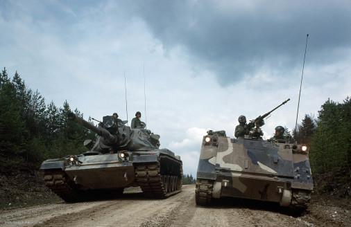 M60_Patton_char_USA_005_M113