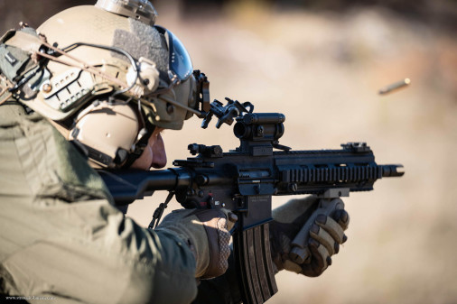 HK416F_fusille_France_A302_Canjuers