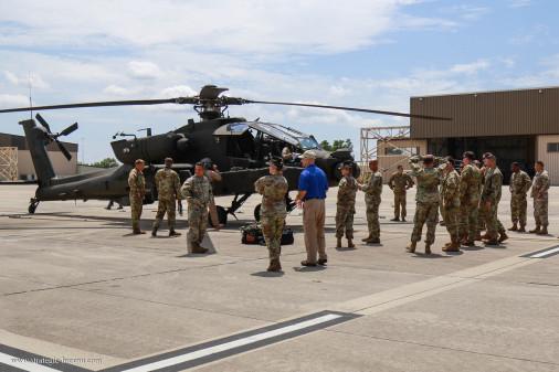 AH-64E_helicoptere_USA_A301