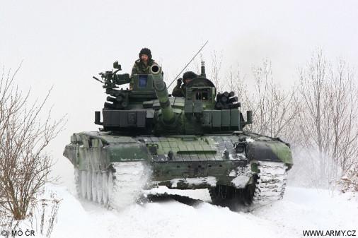 T-72M4CZ_char_Tcheque_A201_tir_hiver