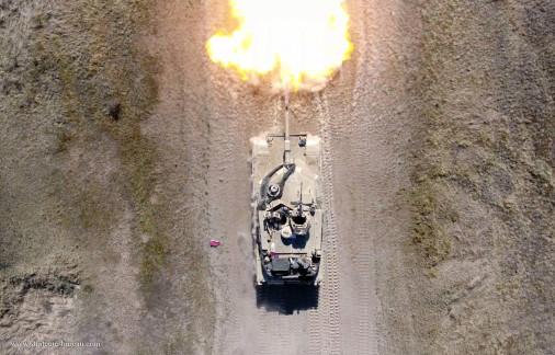 M1_Abrams_char_USA_A501_tir_en_Pologne